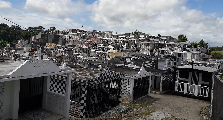 Der Friedhof von Morne-à-l'eau auf Guadeloupe