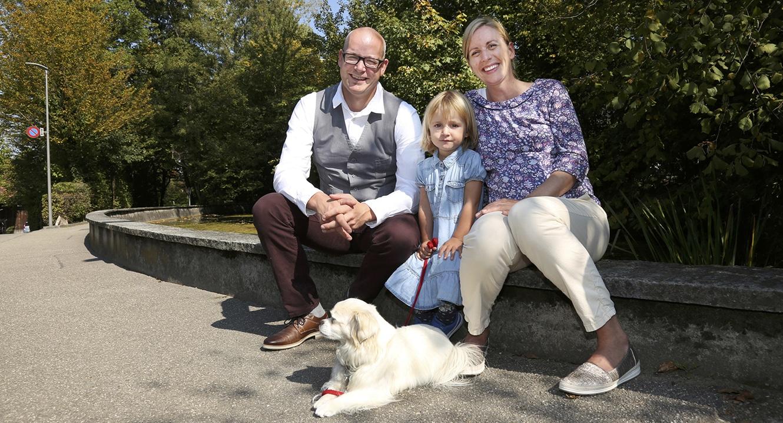 Sternenkind Eltern: Sandra Schneider mit Ehemann Reto und Tochter Mathilda