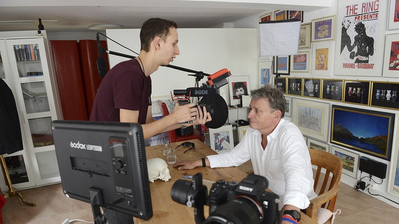 Filmemacher Fabian Bürgi (r.) mit DeinAdieu-Autor Martin Schuppli.